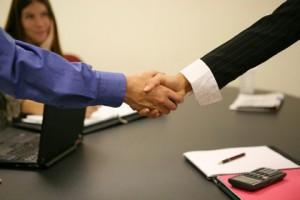 Как выбирать юридическую компанию для решения Вашей проблемы