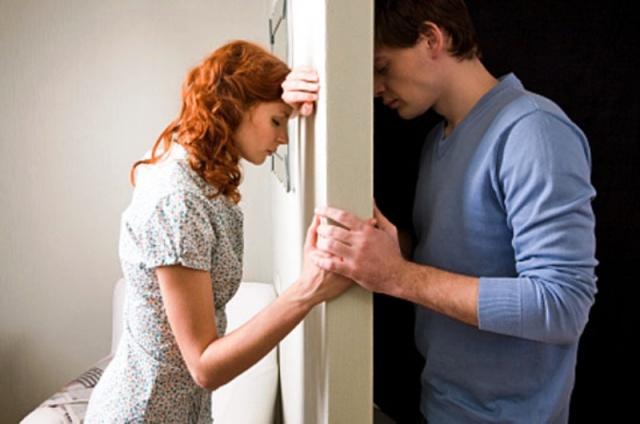 Сколько по времени занимает развод через суд, если один из супругов против расторжения брака?