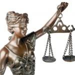 Треть индийских юристов обладает поддельными дипломами