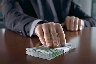 Предлагается наказывать компании за взятки против интересов РФ